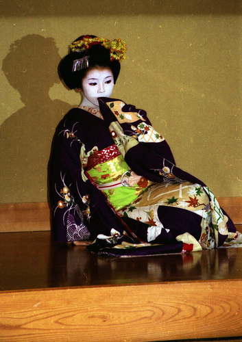 maiko02.jpg